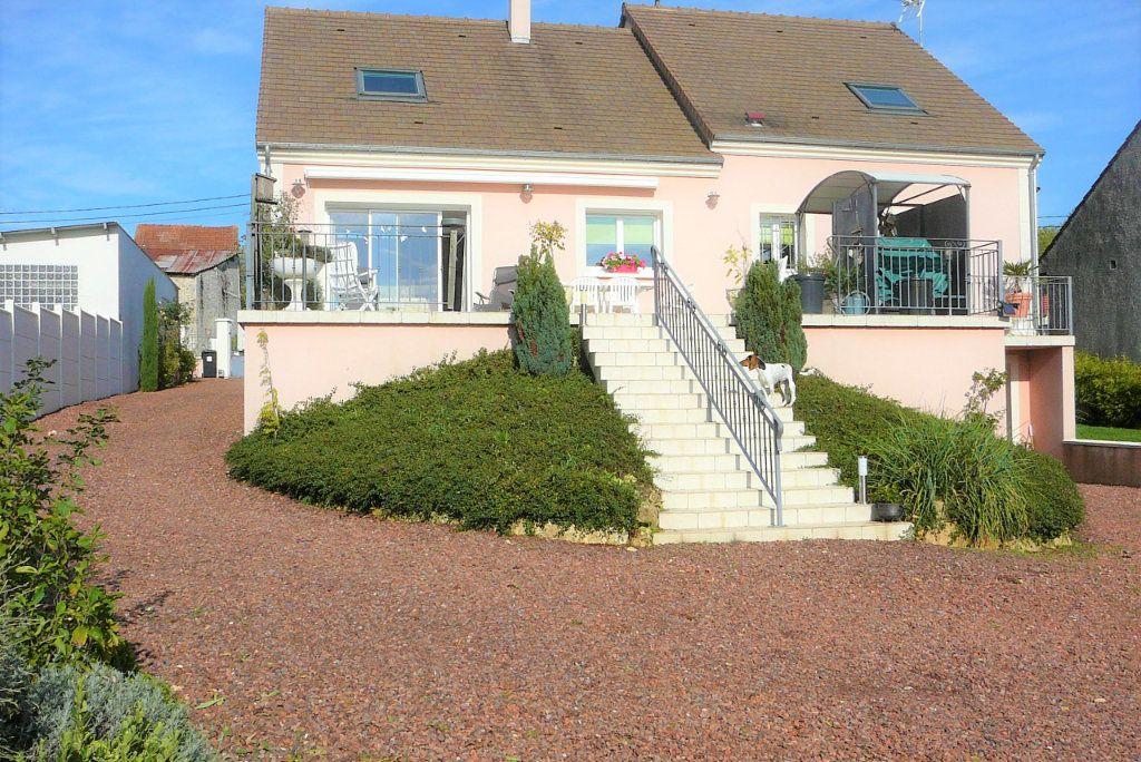 Maison à vendre 6 168m2 à Coulommiers vignette-1