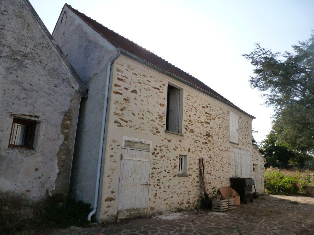 Maison à vendre 2 140m2 à Coulommiers vignette-2
