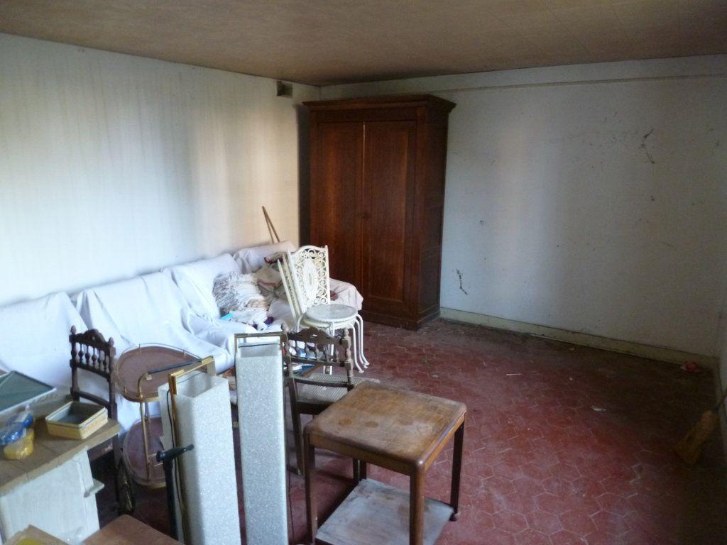 Maison à vendre 4 101m2 à Coulommiers vignette-6