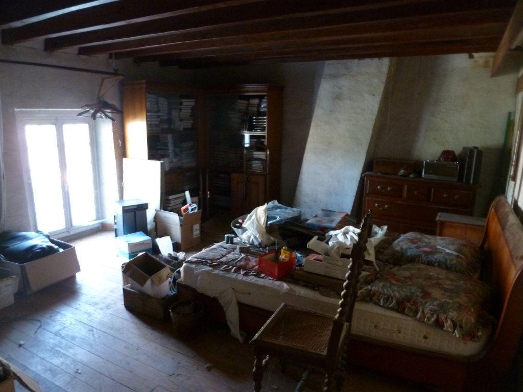 Maison à vendre 4 101m2 à Coulommiers vignette-9