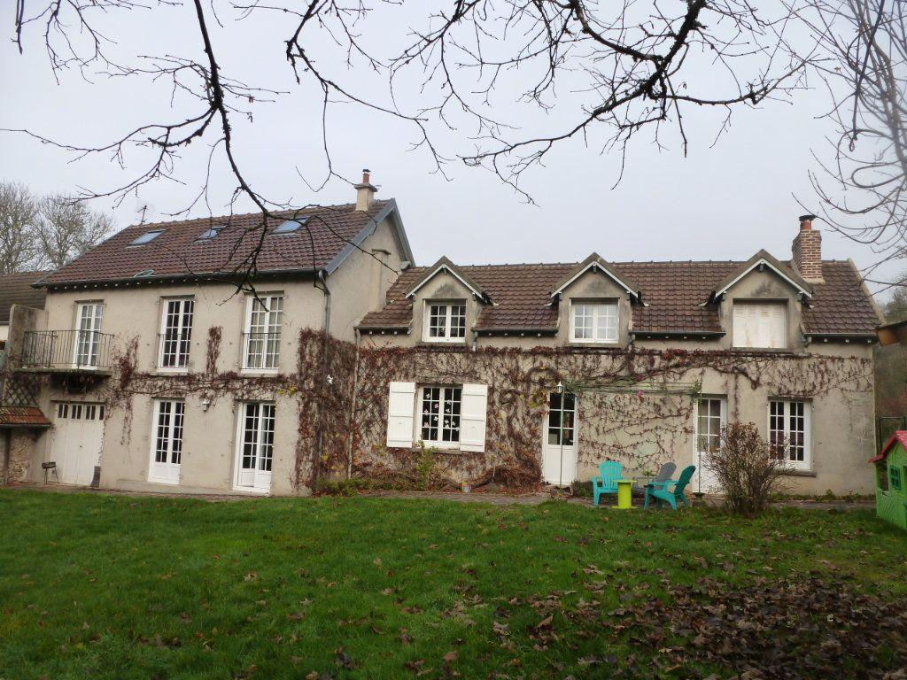 Maison à vendre 9 180m2 à Faremoutiers vignette-1