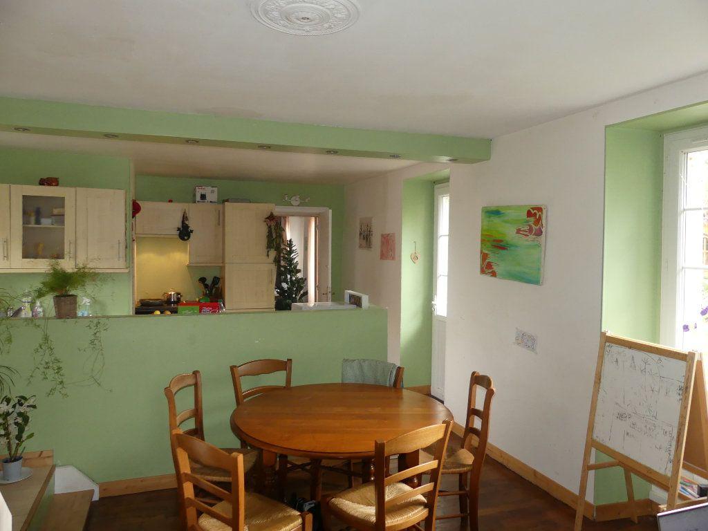 Maison à vendre 9 180m2 à Faremoutiers vignette-2