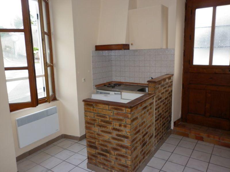 Appartement à louer 1 19m2 à Boissy-le-Châtel vignette-1