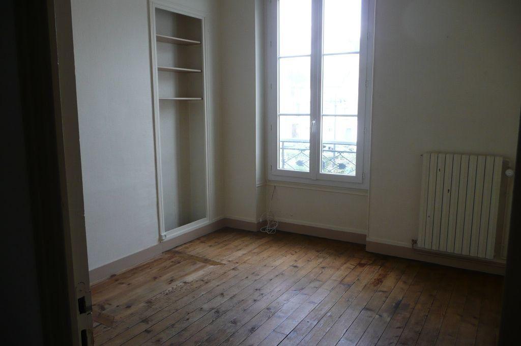 Appartement à louer 5 73.16m2 à Coulommiers vignette-9