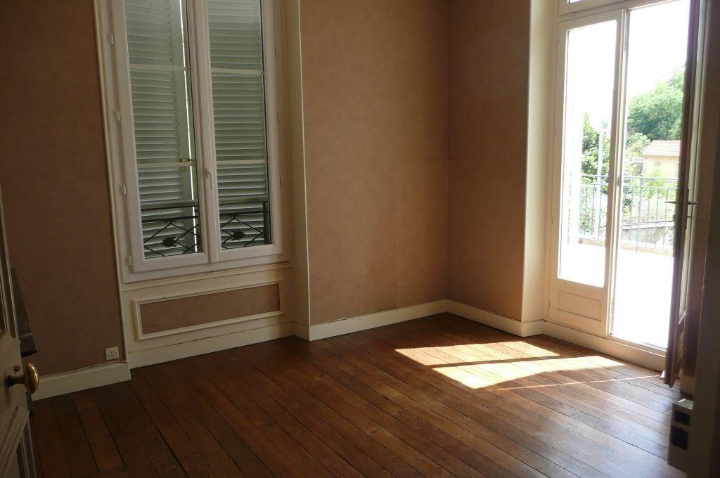Appartement à louer 5 73.16m2 à Coulommiers vignette-10