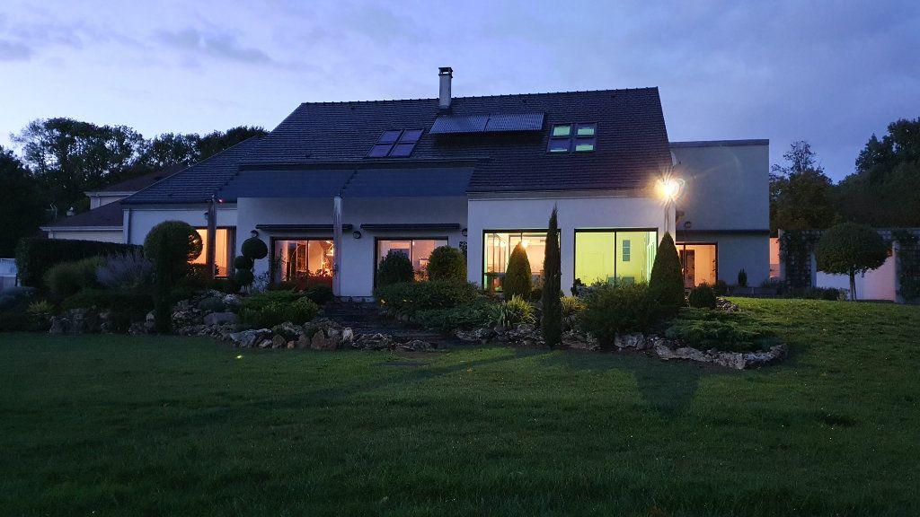 Maison à vendre 10 325m2 à Coulommiers vignette-5