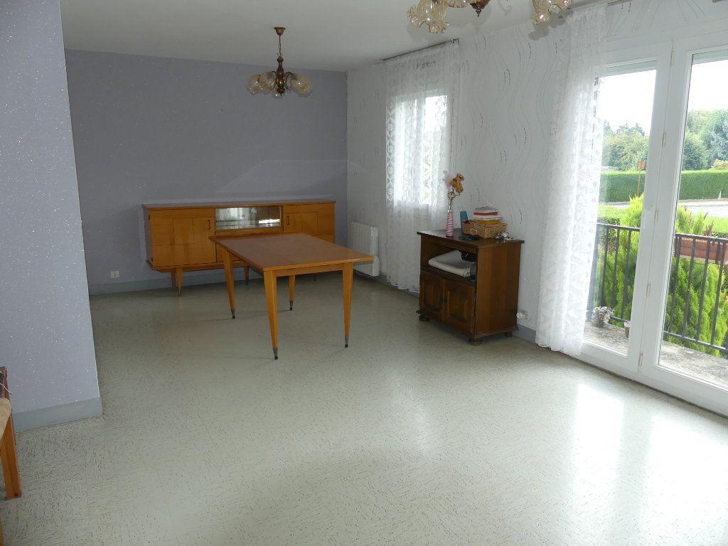 Maison à vendre 4 83m2 à Coulommiers vignette-3