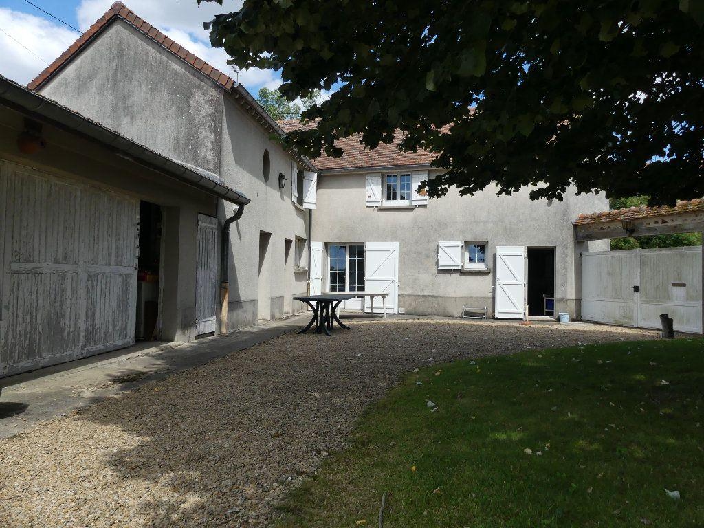 Maison à vendre 6 150m2 à Coulommiers vignette-1