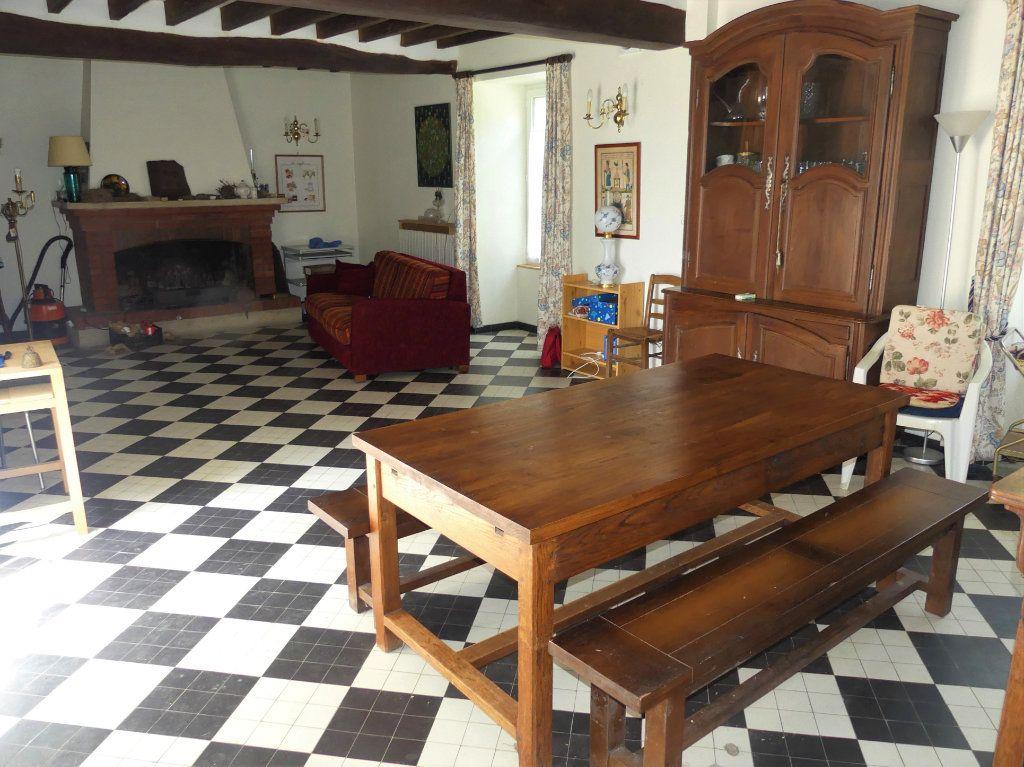 Maison à vendre 6 150m2 à Coulommiers vignette-3