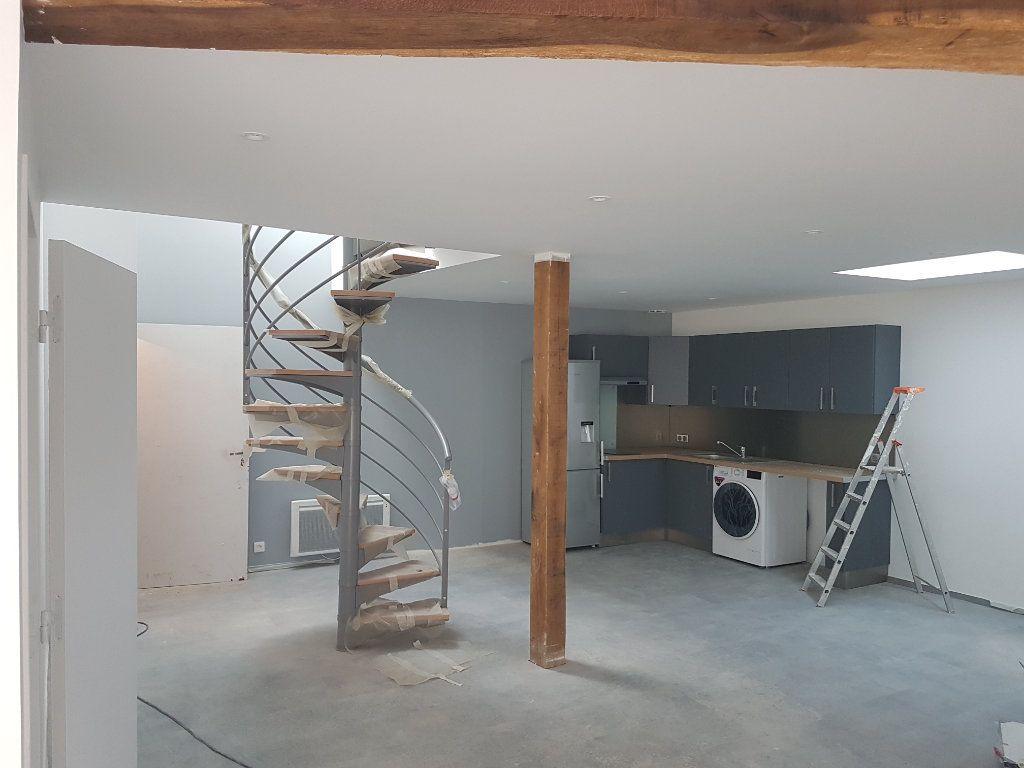 Appartement à louer 2 50m2 à Coulommiers vignette-5