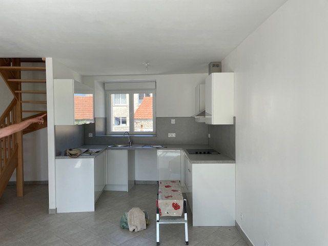 Maison à louer 4 90.67m2 à Guérard vignette-5