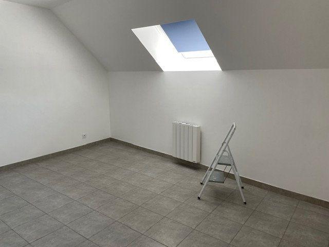 Maison à louer 4 90.67m2 à Guérard vignette-6