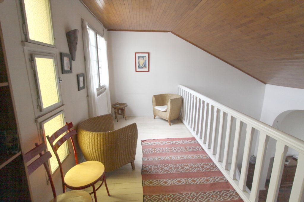 Maison à vendre 8 155m2 à Les Mureaux vignette-4
