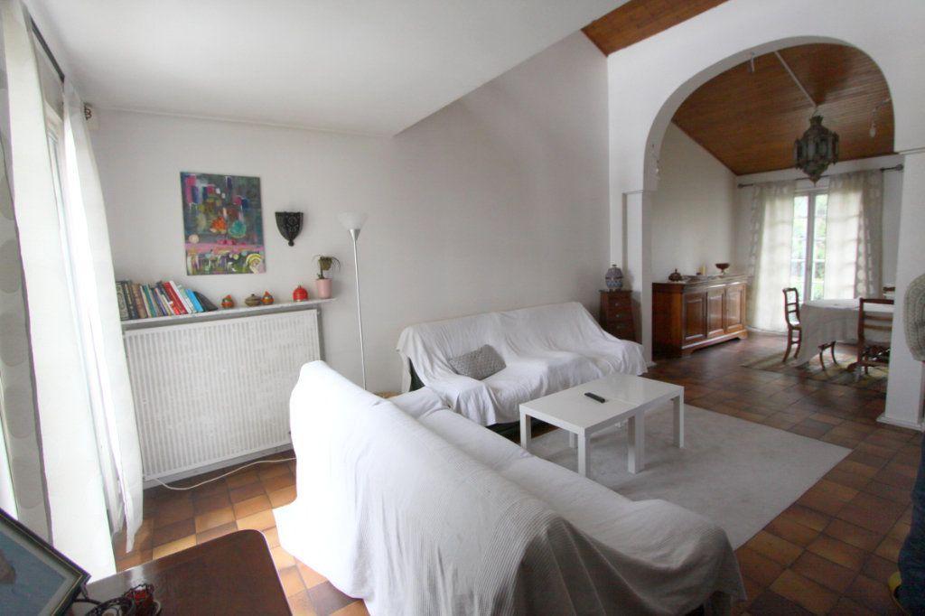 Maison à vendre 8 155m2 à Les Mureaux vignette-11