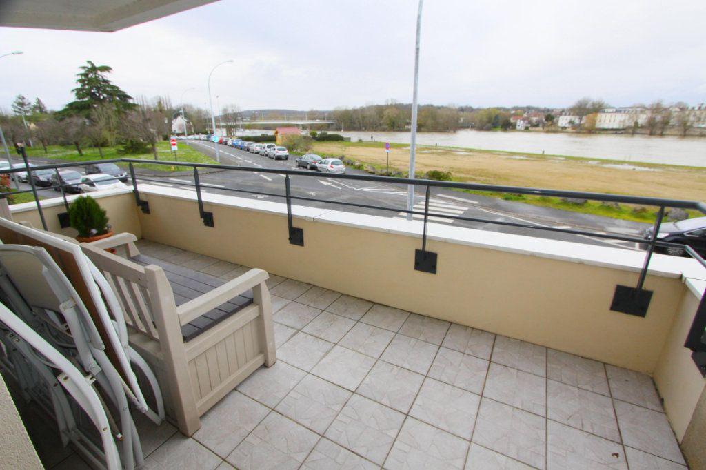 Appartement à vendre 4 80.4m2 à Les Mureaux vignette-2