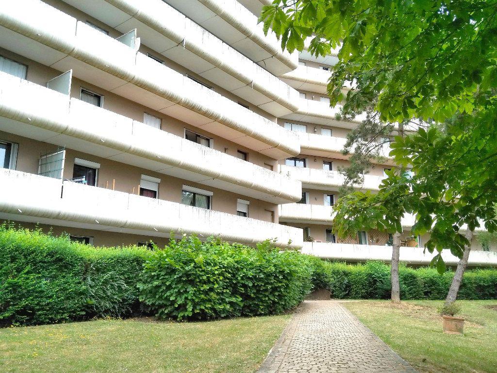 Appartement à vendre 3 67.47m2 à Les Mureaux vignette-11