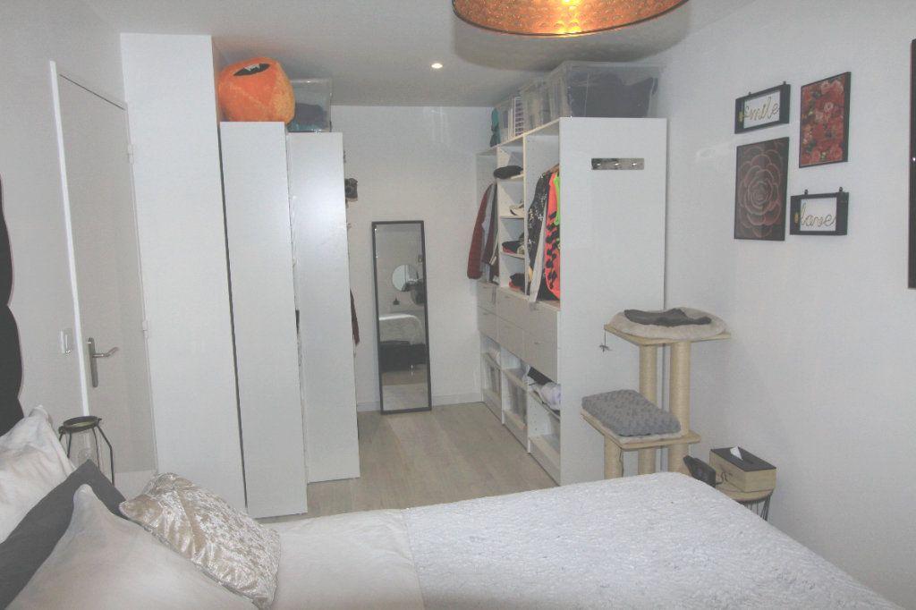 Appartement à vendre 3 67.69m2 à Les Mureaux vignette-6