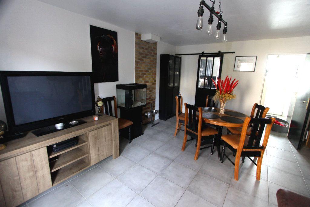 Maison à vendre 4 62.91m2 à Les Mureaux vignette-2