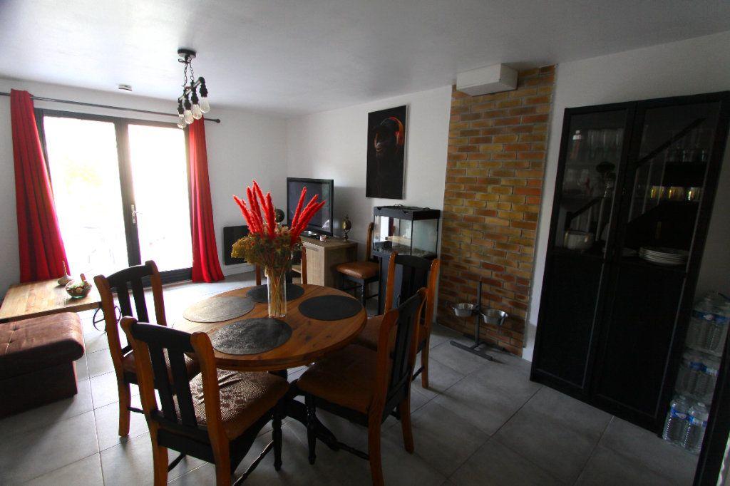 Maison à vendre 4 62.91m2 à Les Mureaux vignette-3