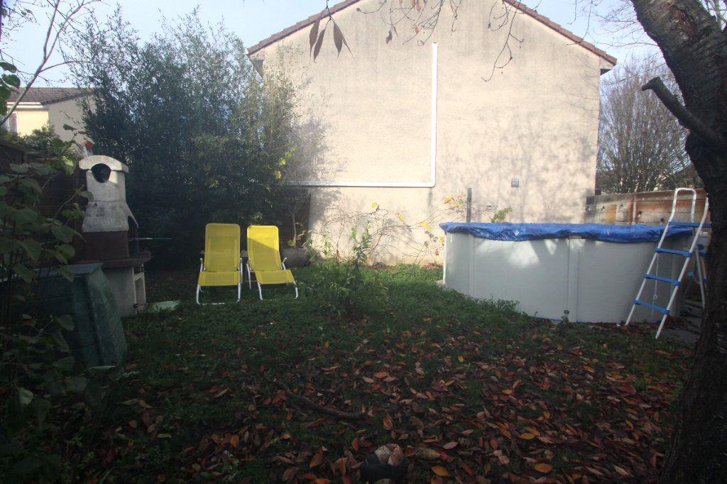 Maison à vendre 4 62.91m2 à Les Mureaux vignette-13
