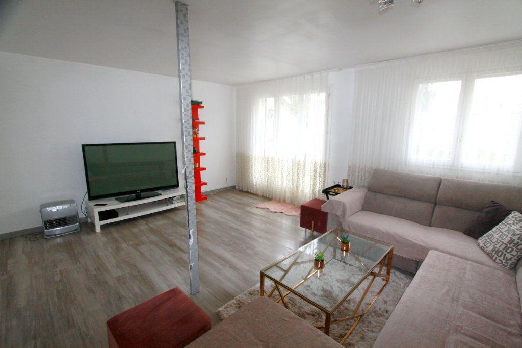 Maison à vendre 6 90.81m2 à Les Mureaux vignette-2