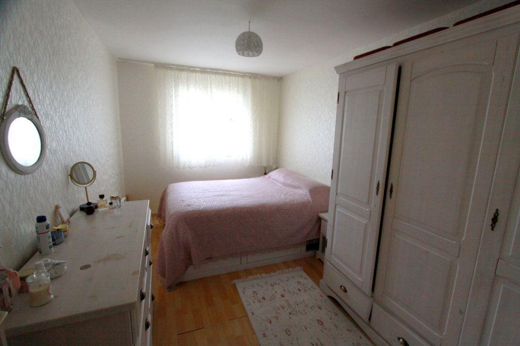 Maison à vendre 6 90.81m2 à Les Mureaux vignette-8