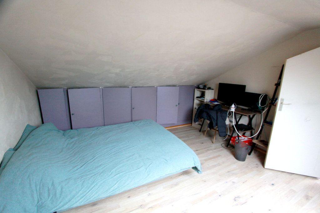 Maison à vendre 6 90.81m2 à Les Mureaux vignette-11