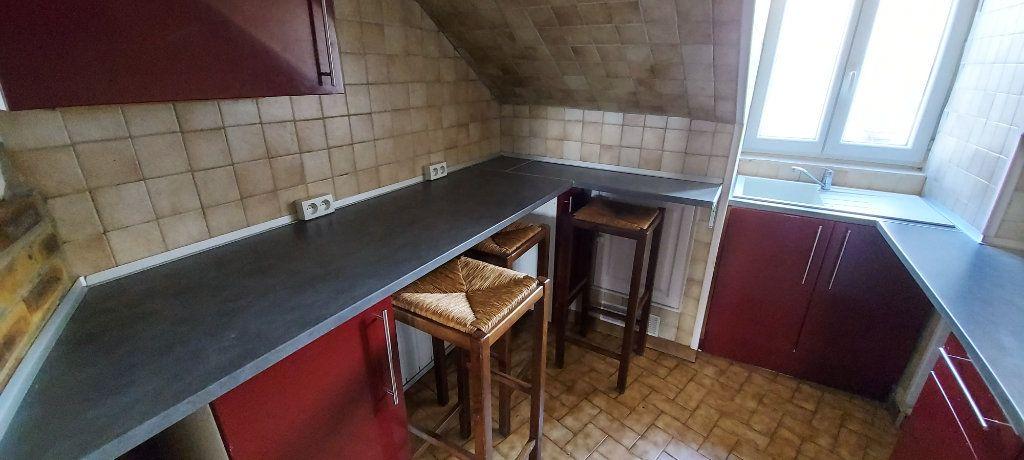 Appartement à louer 2 32m2 à Chelles vignette-2