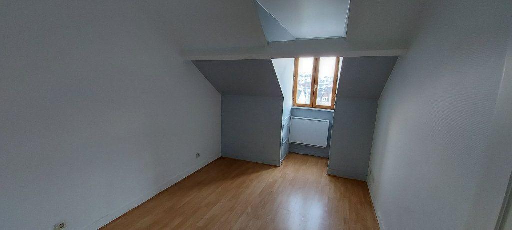 Appartement à louer 2 32m2 à Chelles vignette-3