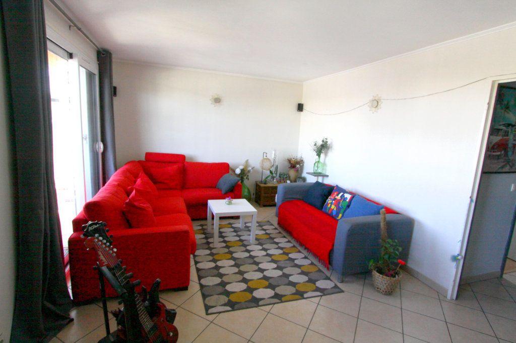 Appartement à vendre 5 7932m2 à Les Mureaux vignette-2