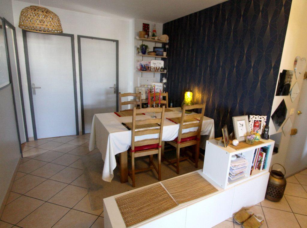 Appartement à vendre 5 7932m2 à Les Mureaux vignette-3