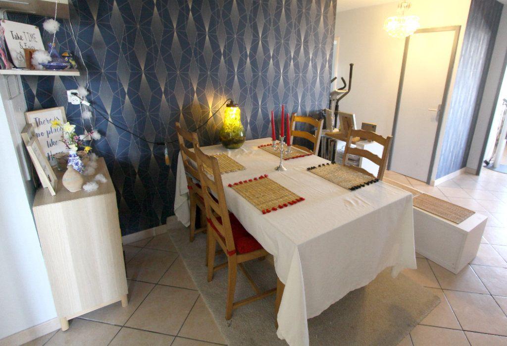 Appartement à vendre 5 7932m2 à Les Mureaux vignette-4