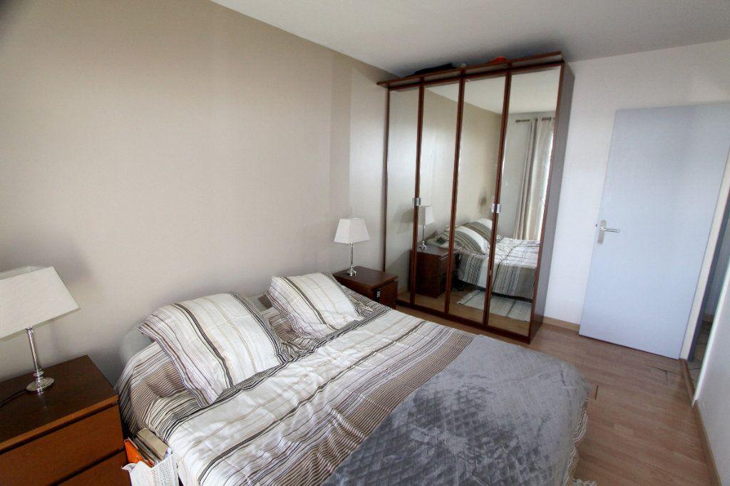 Appartement à vendre 5 7932m2 à Les Mureaux vignette-7