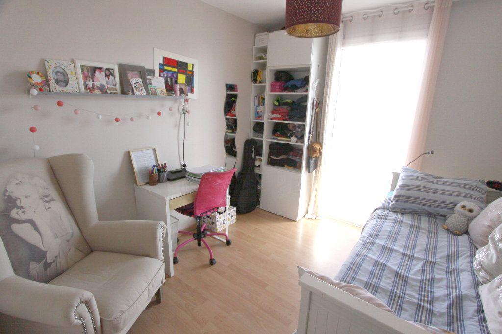 Appartement à vendre 5 7932m2 à Les Mureaux vignette-8