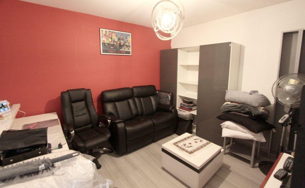 Appartement à vendre 3 50.5m2 à Les Mureaux vignette-7