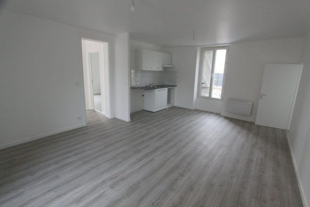 Appartement à louer 3 56.4m2 à Les Mureaux vignette-3