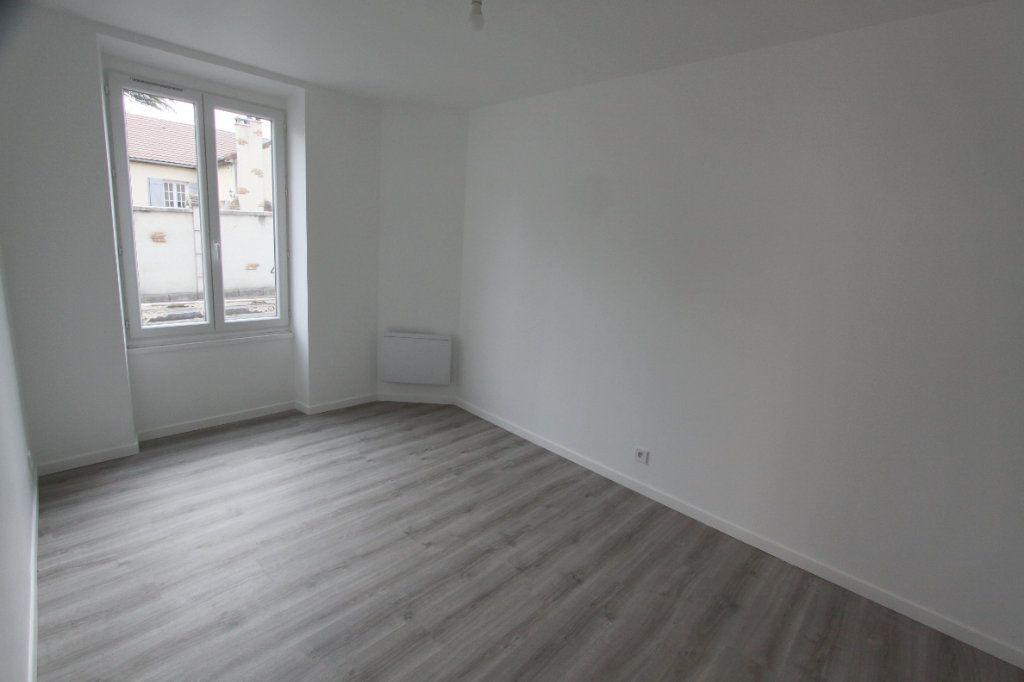 Appartement à louer 3 56.4m2 à Les Mureaux vignette-6