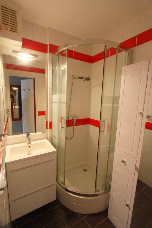Appartement à louer 2 42.51m2 à Les Mureaux vignette-5
