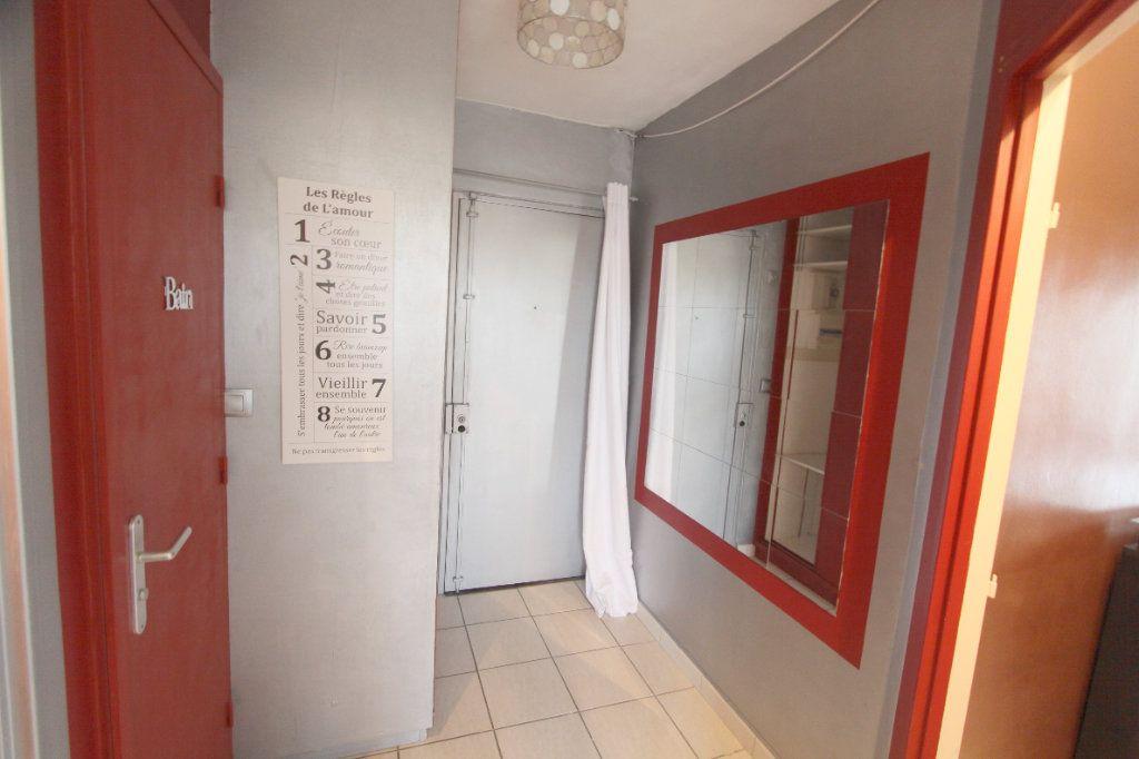 Appartement à louer 2 42.51m2 à Les Mureaux vignette-8