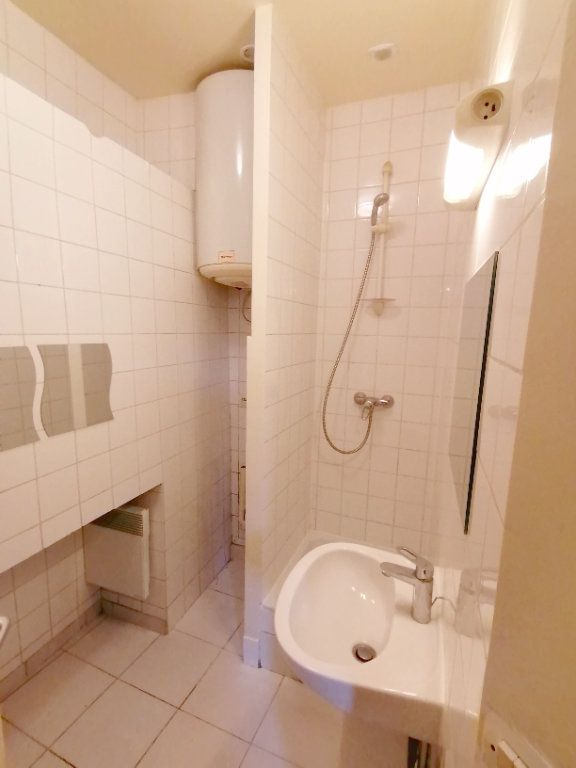 Appartement à louer 1 18.06m2 à Meulan-en-Yvelines vignette-5