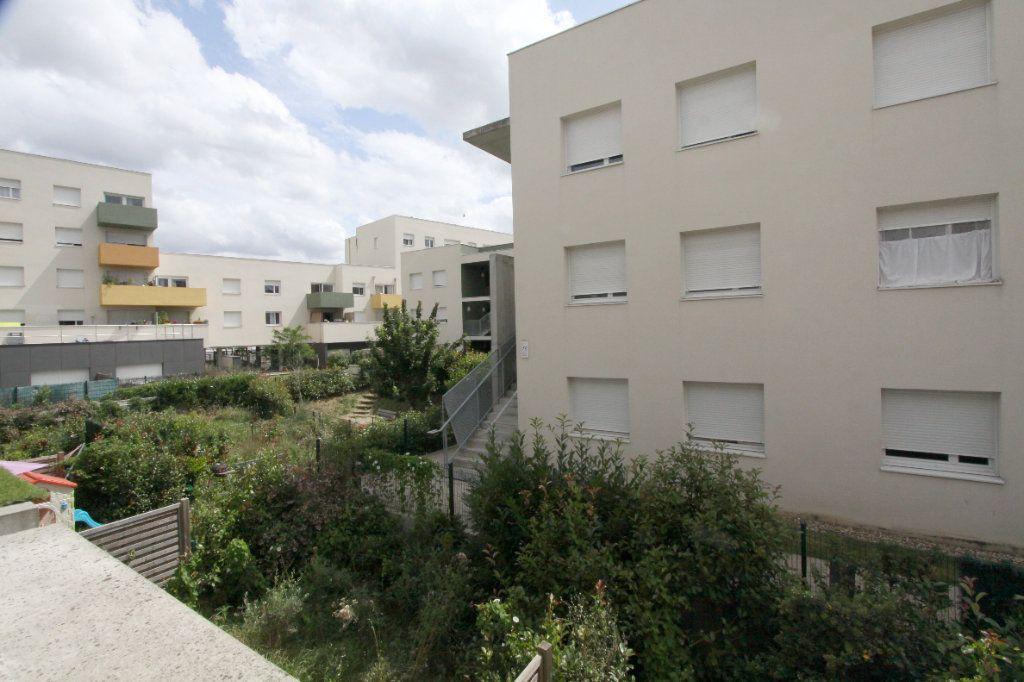 Appartement à louer 1 19.81m2 à Les Mureaux vignette-6