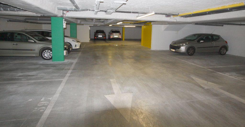 Appartement à louer 1 19.81m2 à Les Mureaux vignette-8
