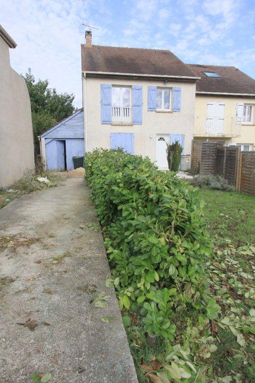 Maison à louer 5 111.88m2 à Ecquevilly vignette-1