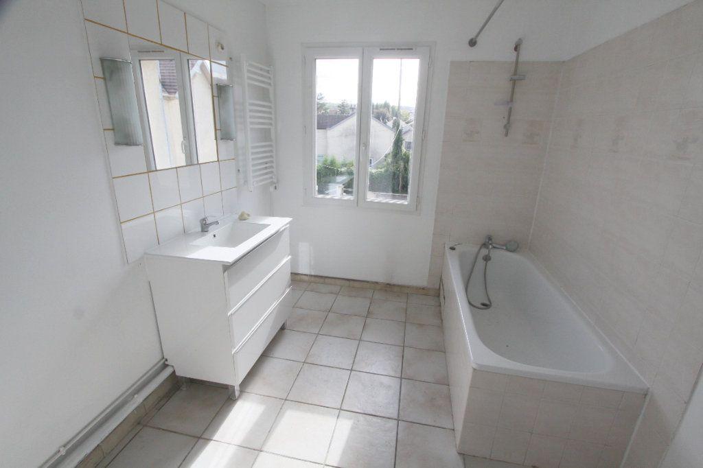 Maison à louer 5 111.88m2 à Ecquevilly vignette-7