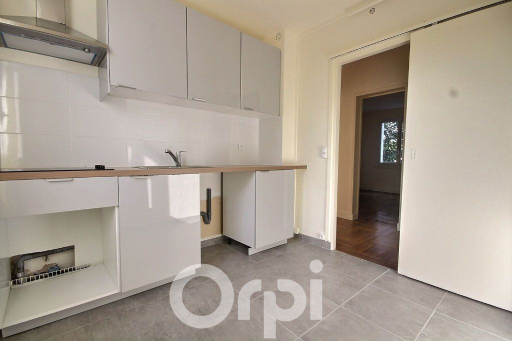 Appartement à vendre 3 63.21m2 à Meudon vignette-4