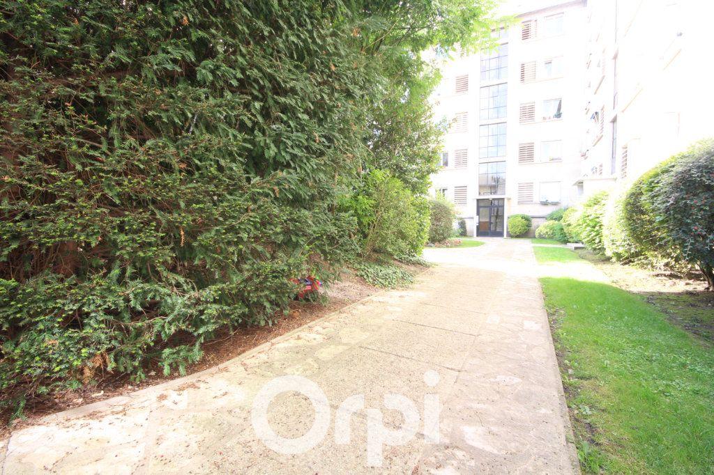 Appartement à vendre 3 63.21m2 à Meudon vignette-9