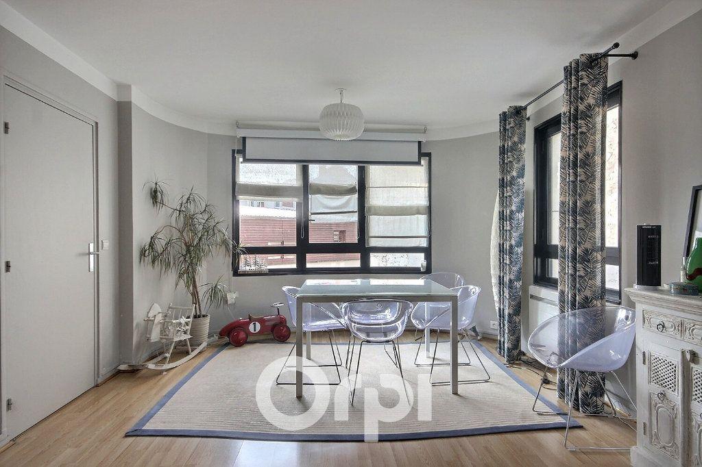 Appartement à vendre 4 96m2 à Boulogne-Billancourt vignette-4