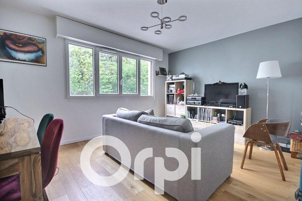 Appartement à louer 3 60.04m2 à Chaville vignette-1
