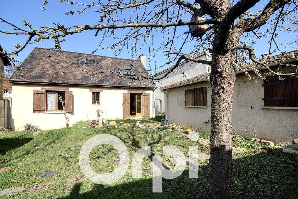 Maison à vendre 5 130m2 à Chaville vignette-1