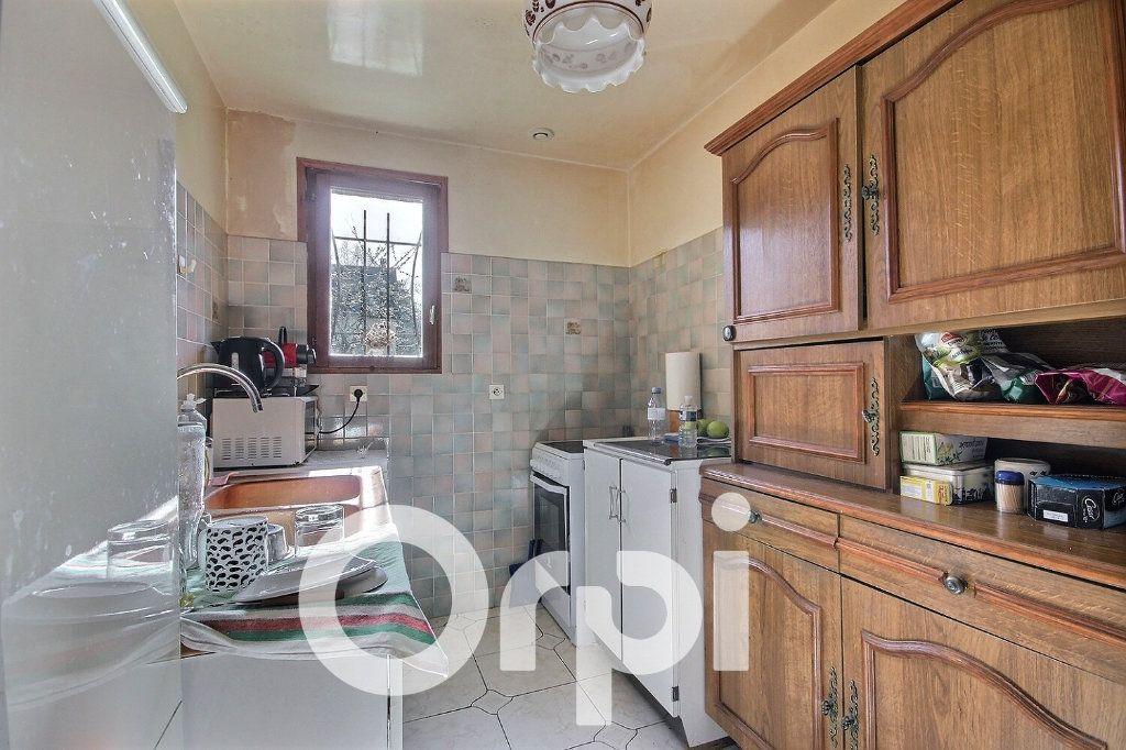 Maison à vendre 5 130m2 à Chaville vignette-7